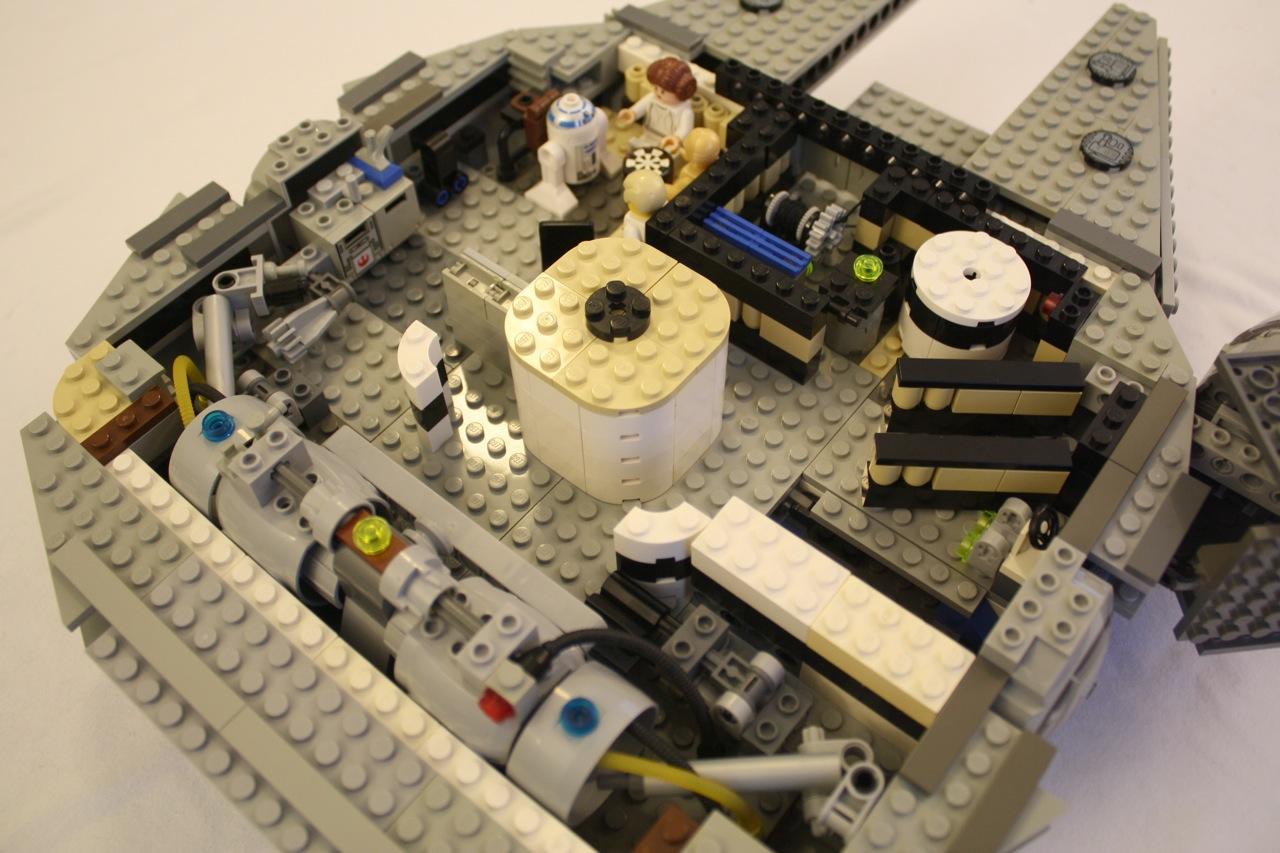 Lego Star Wars Millennium Falcon 7190 Custom Rebuild Dynamic Subspace