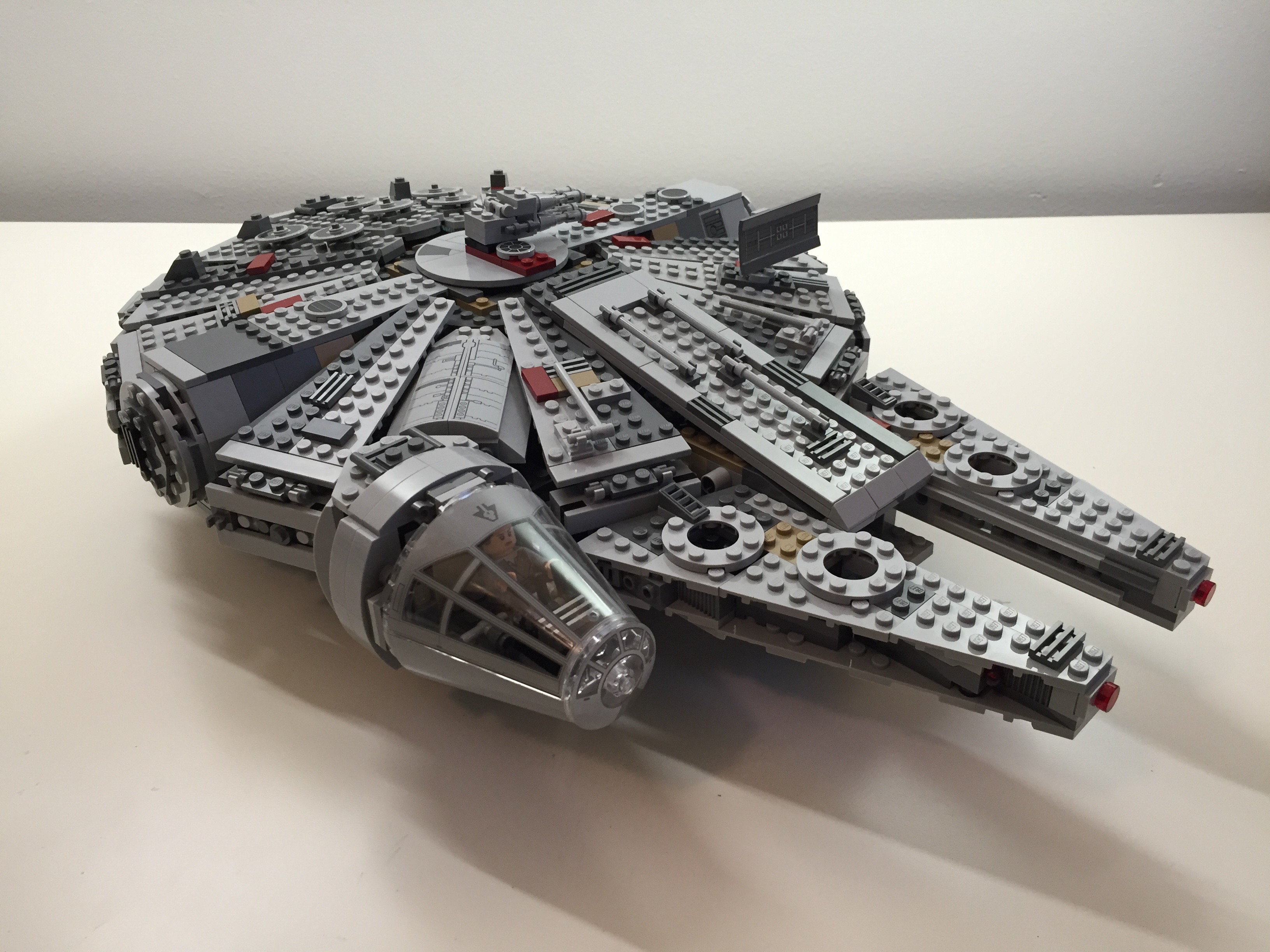 Customized LEGO Star Wars Millennium Falcon 75105 from The Force Awakens – Dynamic Subspace