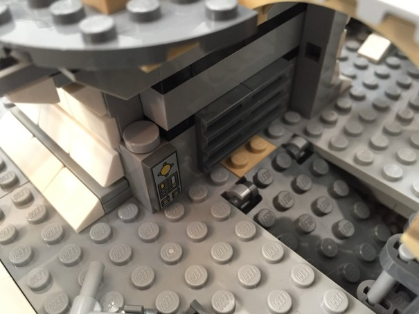 Millennium-Falcon-entryway-interior-down.jpg