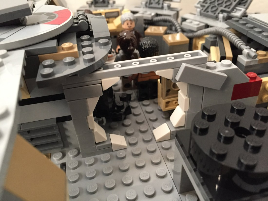Millennium-Falcon-mainhold-entrance.jpg